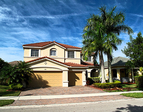 Weston, Florida - Suburban home